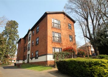 2 bed flat to rent in Cypress Court, Grange Road, Gillingham, Kent ME7