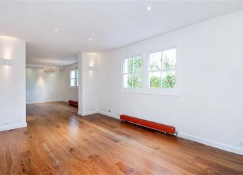 Thumbnail 2 bed flat to rent in Ovington Square, London