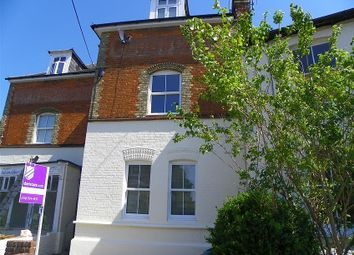 Thumbnail Studio to rent in Station Road, Twyford, Reading