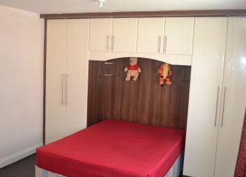 Thumbnail 1 bed terraced house to rent in Sutton Square, Hounslow