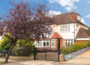 4 bed property for sale in Woodward Avenue, London NW4