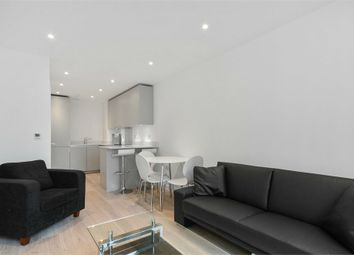 Thumbnail 1 bed flat to rent in Pinnacle Apartments, 11 Saffron Central Square, Wellesley Road, Croydon