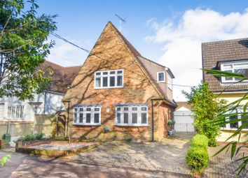 Thumbnail 3 bed detached house for sale in Park Lane, Herongate, Brentwood