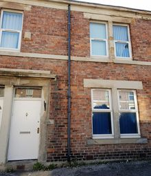 Thumbnail 2 bed flat to rent in Stanton Street, Newcastle