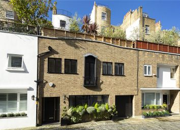 Thumbnail 4 bed mews house for sale in Montagu Mews West, Marylebone