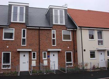 Thumbnail 3 bed town house to rent in Charlbury Lane, Basingstoke