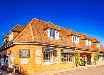 Thumbnail 1 bed flat to rent in 1 Tolly House, Goring On Thames