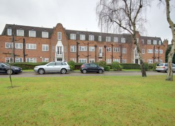 Thumbnail 3 bedroom flat for sale in Belmont Close, Cockfosters
