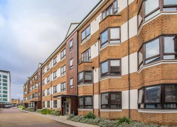 Thumbnail 2 bed flat to rent in Kew Bridge Court, Chiswick