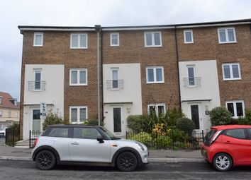4 bed terraced house to rent in Wyndham Park, Yeovil, Somerset BA21