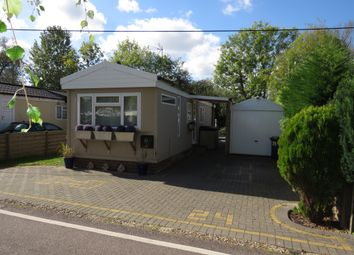 Thumbnail 1 bedroom mobile/park home for sale in Frogmore Home Park, Park Street, St.Albans