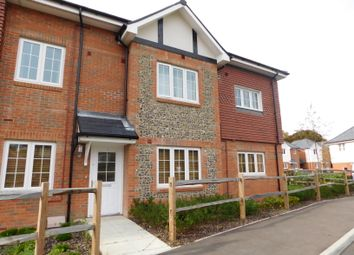Thumbnail 2 bed flat to rent in Oak Leaf Way, Horndean, Waterlooville