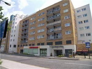 Thumbnail 1 bed flat to rent in Rosemoor House, Uxbridge Road /West Ealing