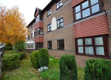 Thumbnail 2 bed flat for sale in Pincott Road, Bexleyheath