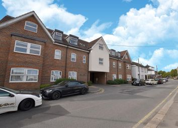 Thumbnail 2 bed maisonette to rent in The Facade, Holmesdale Road, Reigate