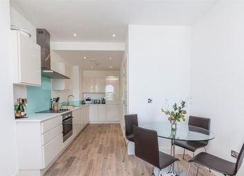 Thumbnail 1 bed flat to rent in Lavender Hill, Battersea, Clapham Junction