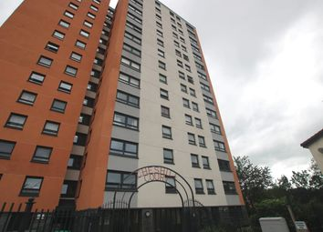 2 bed flat to rent in Marlborough Road, Salford M7