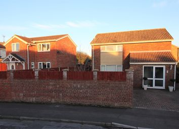 Thumbnail 6 bedroom detached house for sale in Chestnut Drive, Thornbury