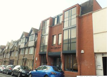 2 bed flat to rent in High Street, Brighton BN2