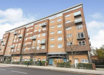 2 bed flat for sale in Kingswood, Basildon, Essex SS16