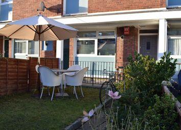 2 bed maisonette for sale in Glengall Road, Peckham SE15