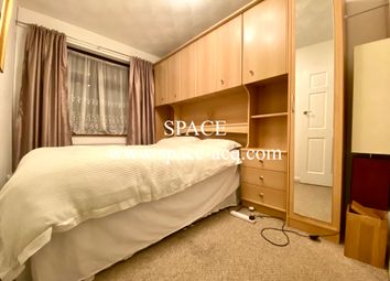 Thumbnail Room to rent in Winchmore Hill Road, Southgate, London