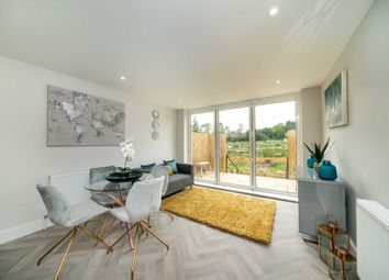 Thumbnail 4 bed property for sale in Sunnyhill Road, Hemel Hempstead