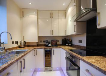 Thumbnail 2 bed flat to rent in Lansdowne Road, Wimbledon Village