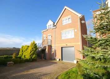 4 bed detached house for sale in Darlands Drive, Barnet, Hertfordshire EN5
