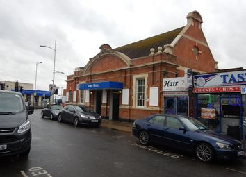 Thumbnail Room to rent in Cambridge Road, Seven Kings, Ilford