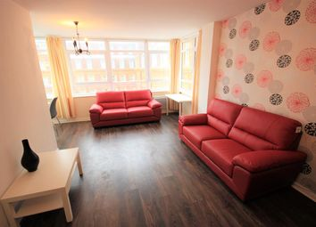 2 bed flat to rent in Sussex Heights, St. Margarets Place, Brighton BN1