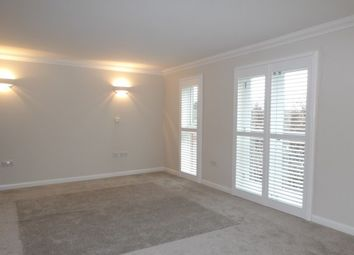 Thumbnail 3 bed flat to rent in Kings Walk, Maidstone
