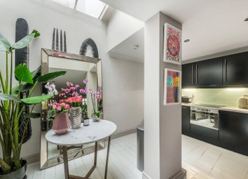 1 bed property to rent in Pottery Lane, Holland Park, London W114Ly W11