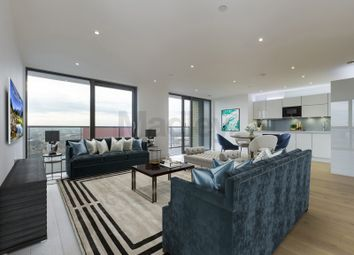 2 bed flat to rent in East Ferry Road, London E14