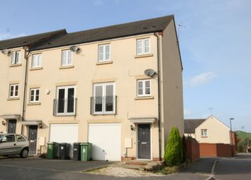 Thumbnail 3 bed town house to rent in Dixon Close, Redditch
