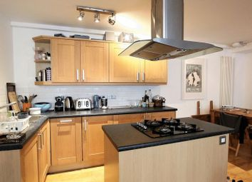 Thumbnail 1 bed flat to rent in 1 Shad Thames, London