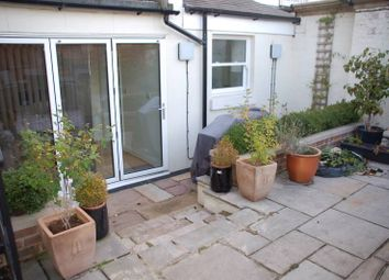 Thumbnail 1 bed flat to rent in 10 St Johns Road, Tunbridge Wells