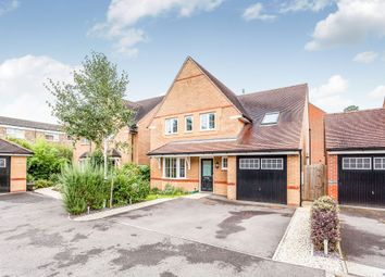Thumbnail 5 bed detached house for sale in Little Paddock Close, Crawley