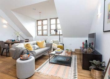 Thumbnail 2 bed flat for sale in The Willows, Lordship Park, Stoke Newington, London
