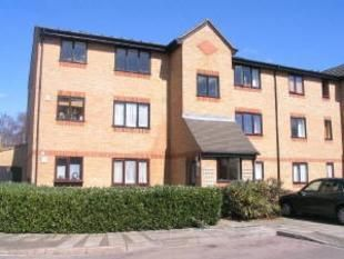 Thumbnail 2 bed flat for sale in Greenford, London