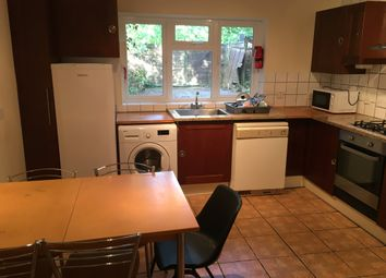 Thumbnail 5 bed property to rent in Larchwood Drive, Englefield Green, Egham