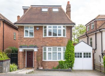 Thumbnail 5 bedroom detached house to rent in Woodville Road, New Barnet
