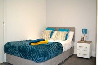 Thumbnail 5 bed shared accommodation to rent in Sandy Hill Road, London