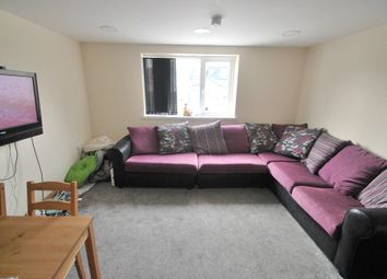 Thumbnail 4 bed flat to rent in Wyeverne Road, Cathays