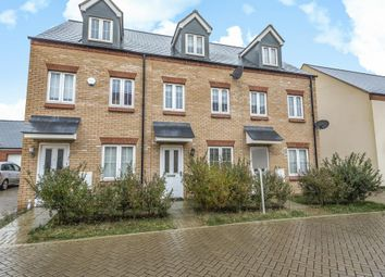 3 bed town house for sale in Kingsmere, Bicester, Oxfordshire OX26