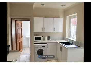 Room to rent in Wharf Road, Newport NP19