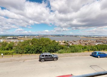 2 bed maisonette to rent in Paget Road, Penarth CF64