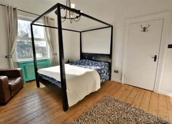 Thumbnail 2 bed flat to rent in Longley Road, Tooting