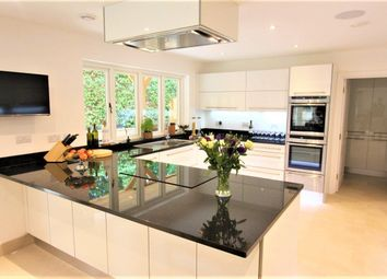 Thumbnail 3 bed property to rent in Westminster Gardens, London