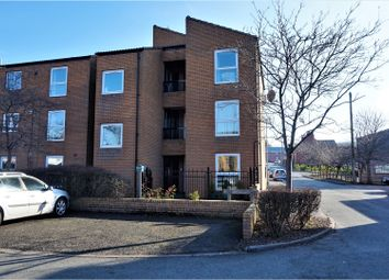 Thumbnail 1 bed flat to rent in Alderley Walk, Macclesfield